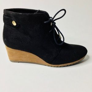 Dr. Scholl's Black Suede-like Conquer Wedge Bootie